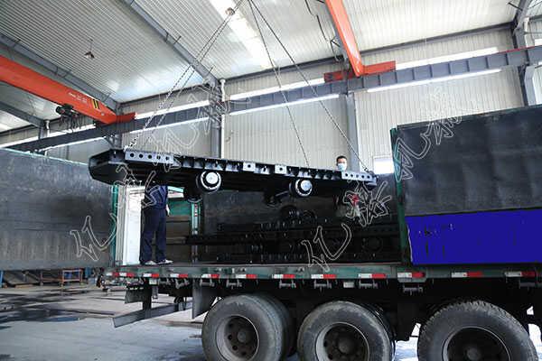 集團一批礦用平板車發往寧夏銀川